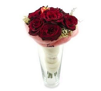 букети с рози